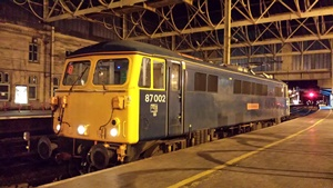 87002 pauses at Carlisle whilst on icebreaking duties